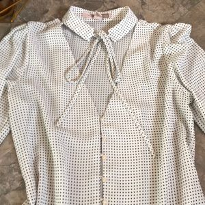 Forever 21 Tops - Polka dot choker sleeve button top